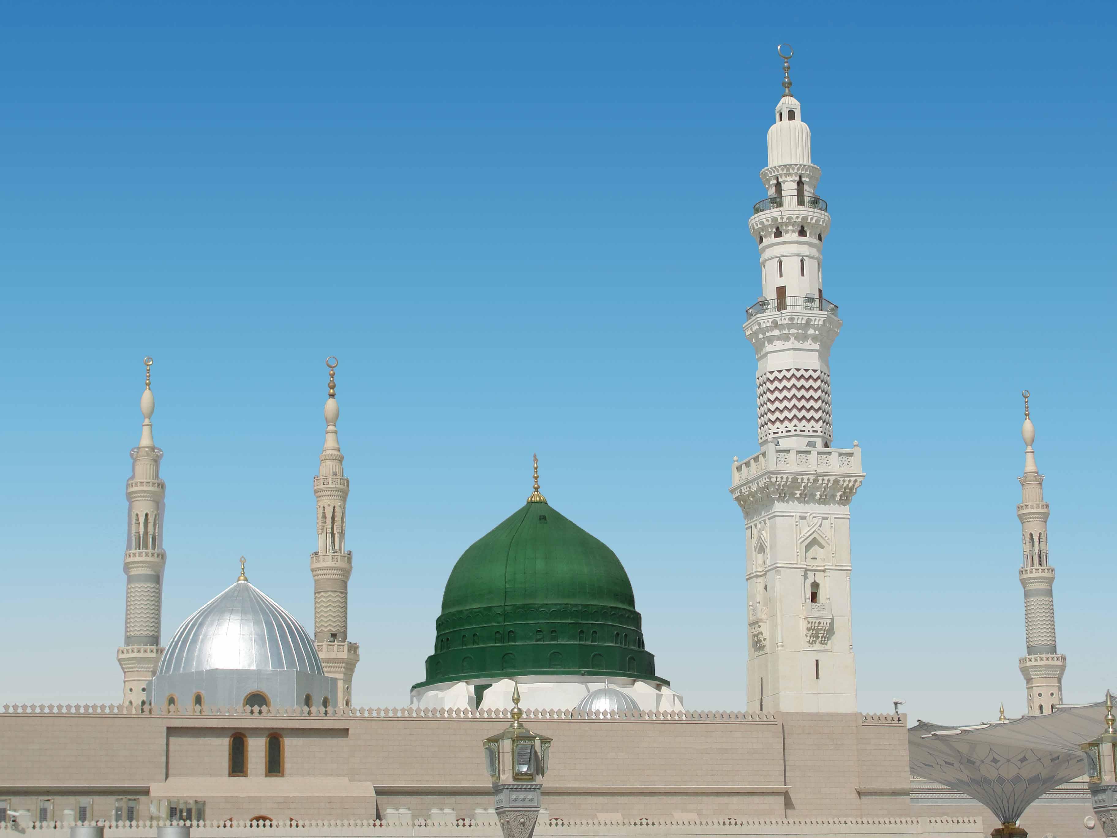 Masjid_Nabawi_25.jpg