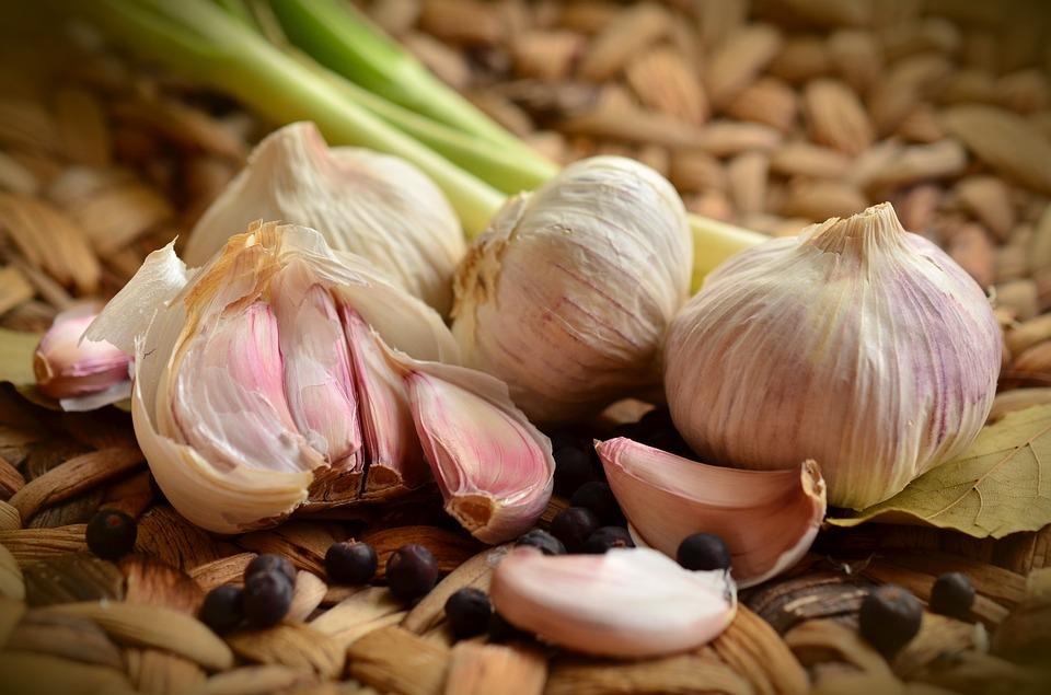 garlic-1336883_960_720.jpg